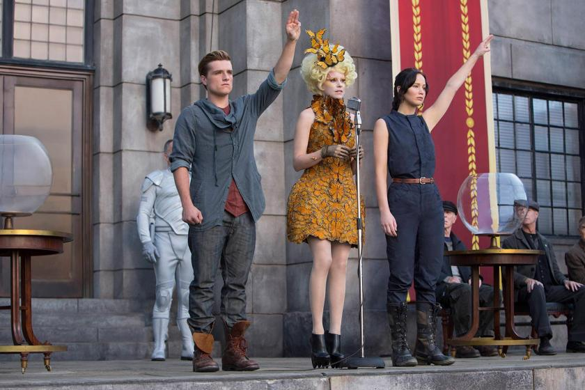 The Hunger Games Catching Fire Josh Hutcherson Elizabeth Banks Jennifer Lawrence